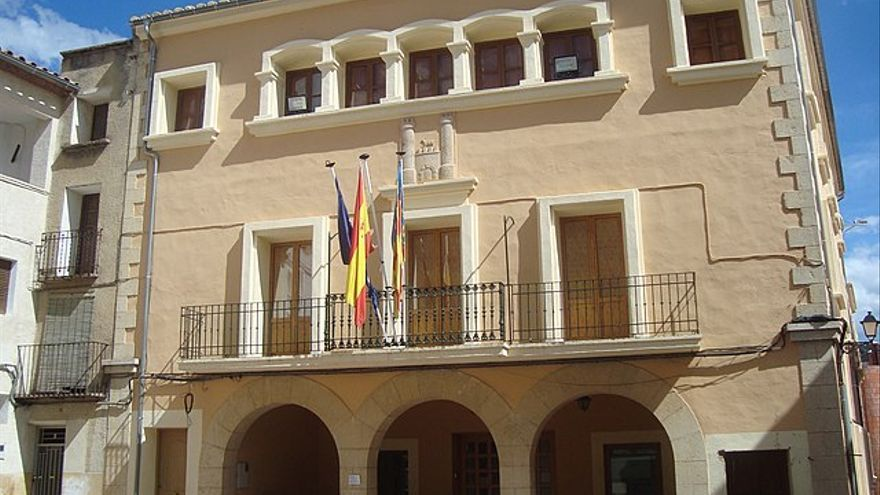 """Un pueblo de Castellón detecta un brote con 17 casos: """"Todos los contagiados son menores de edad"""""""