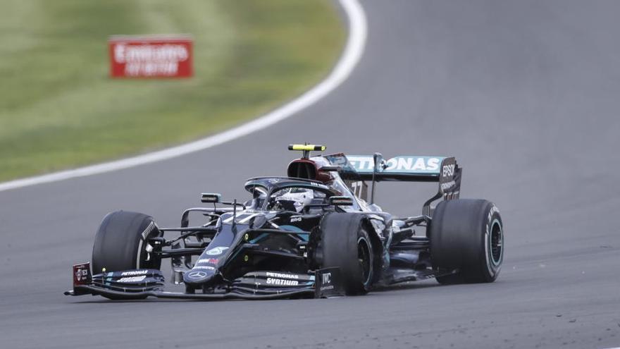 Bottas continuará pilotando en Mercedes en 2021