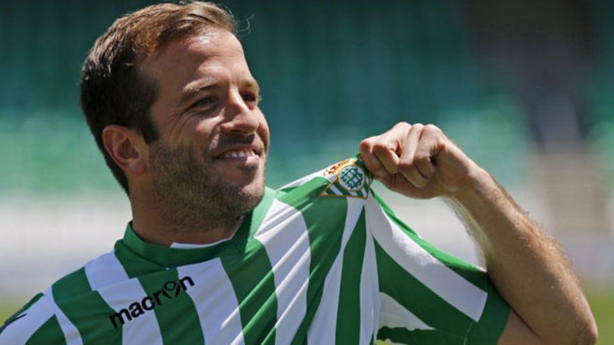 Van der Vaart, presentado como jugador del Betis