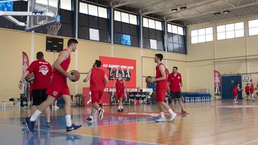 Benicàsim, sede de la élite del baloncesto nacional