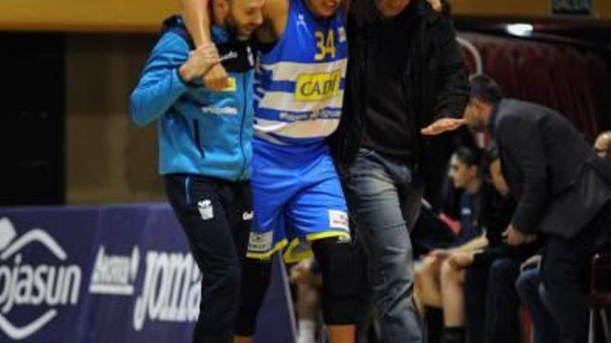 Un Cadí molt motivat per entrar  al play-off rep un Uni Girona ferit