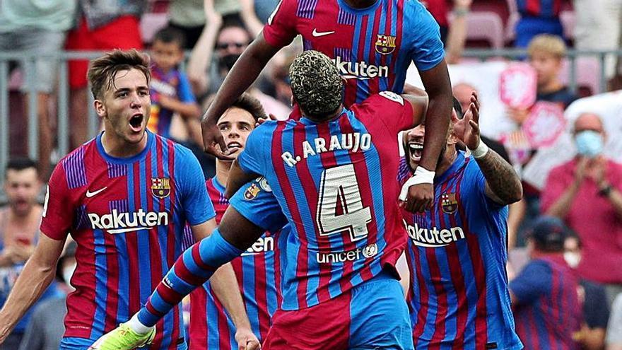 El Barça recupera la alegría y a Fati