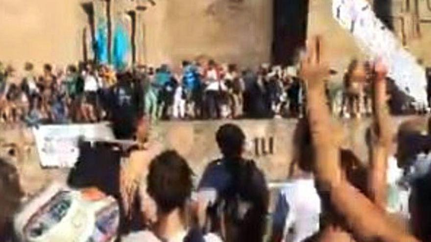 """La manifestación que indigna a toda España: """"Bote, bote, bote... aquí no hay rebrote"""""""