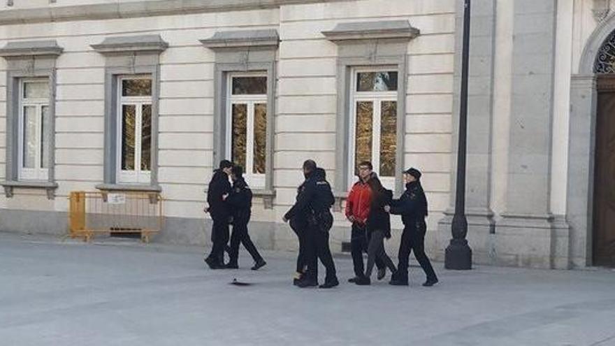 Detenidos 8 independentistas por desórdenes ante en TS