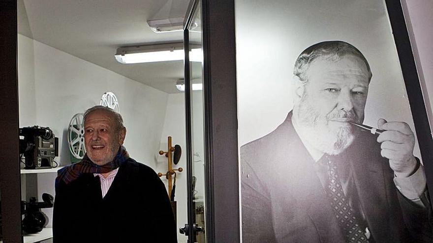 """José Luis Balbín recibe el premio """"Jesús Hermida"""" por su gran trayectoria televisiva"""