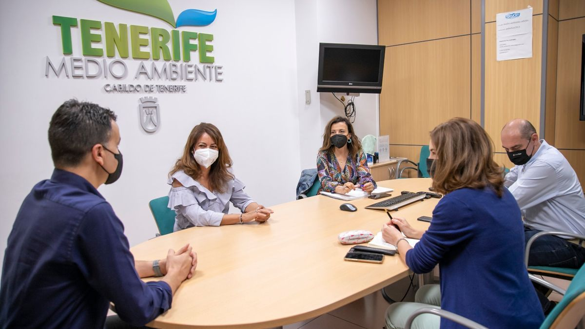 Reunión del área de Medio Ambiente con el diputado Héctor Gómez