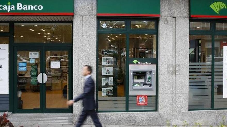 Unicaja Banco gana 78 millones en 2020 tras destinar 200 a provisiones por la Covid