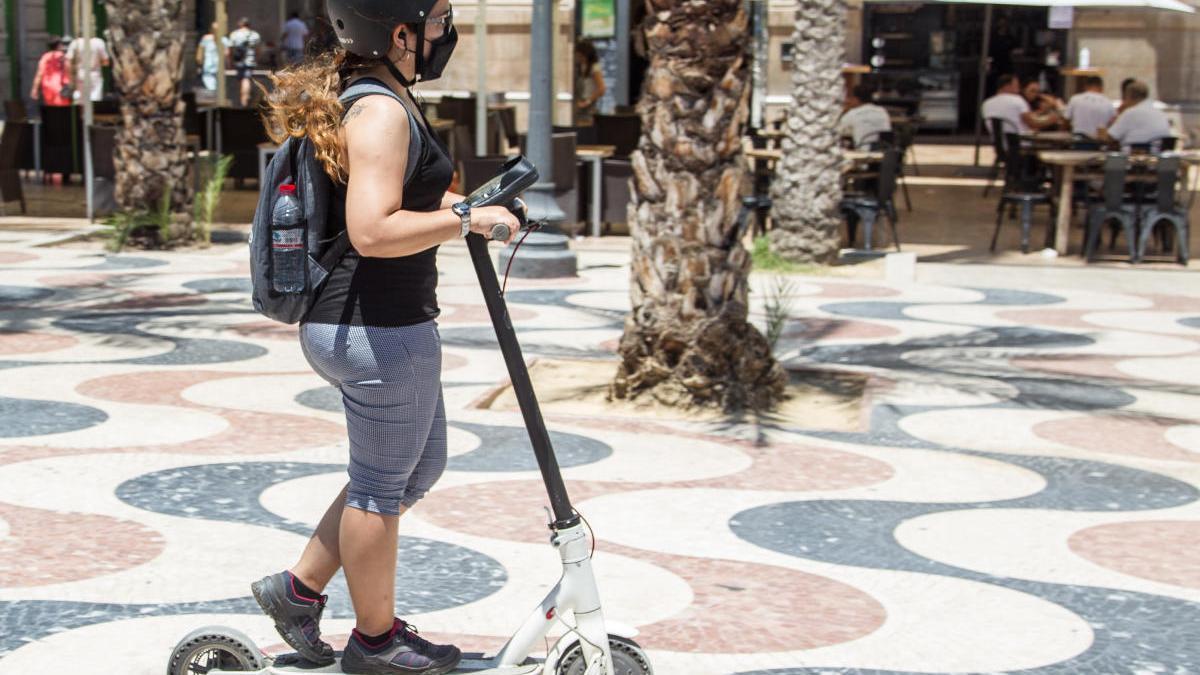 Los patinetes eléctricos no podrán circular por la Explanada desde la entrada en vigor de la nueva ordenanza