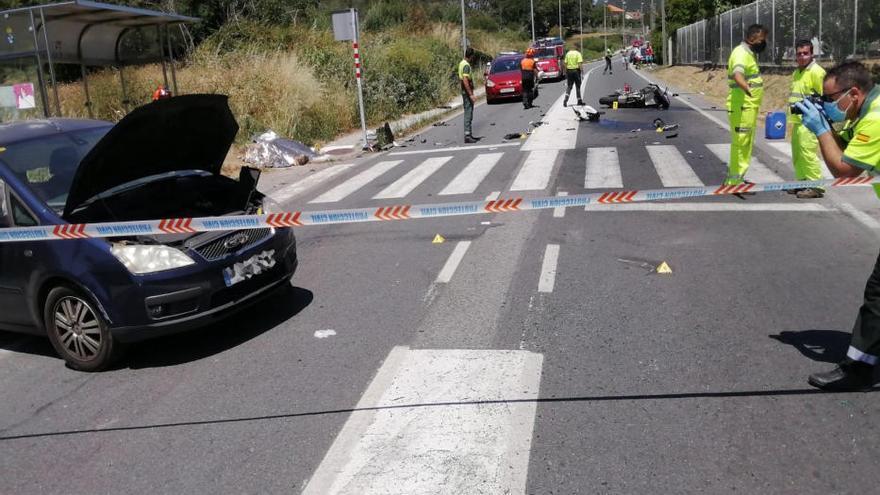 Muere un joven motorista en un accidente en Aldán