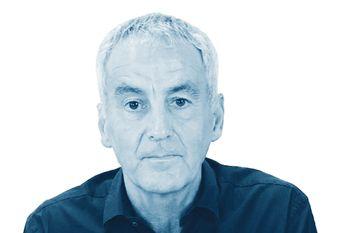 Matías Vallés.
