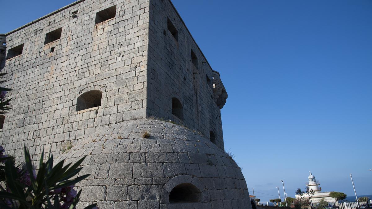 El recinto de la atalaya de la Torre del Rey estrenará además unos conciertos este verano.