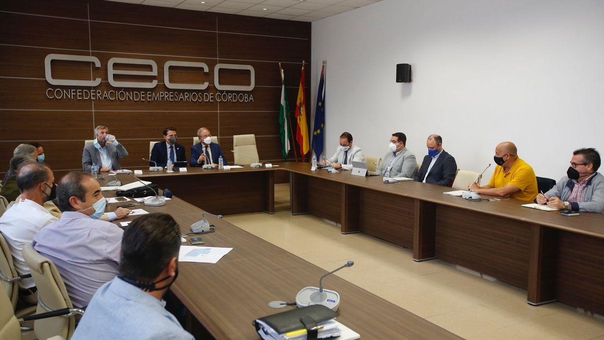 Reunión en CECO con los representantes de polígonos industriales.