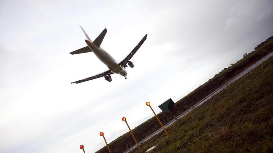 Asturias seguirá sin vuelos directos a Lisboa, al menos, hasta finales de octubre