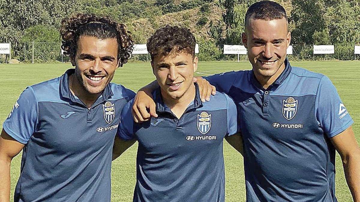 Marc Rovirola (dcha.), junto a Peris y Armando.