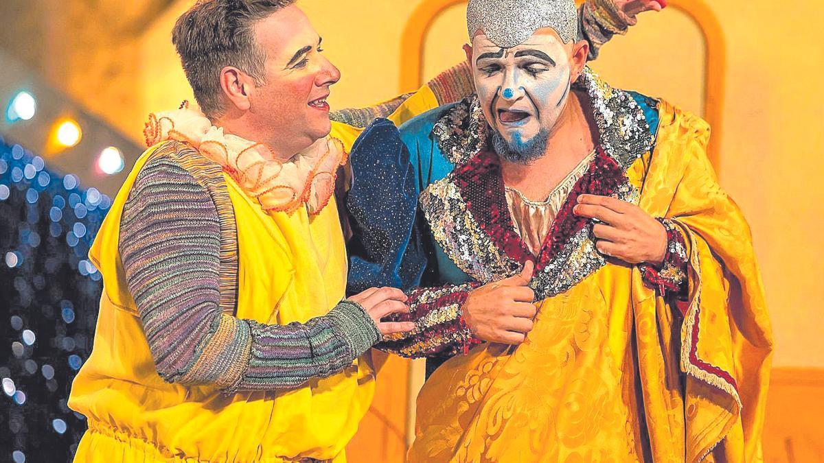 Carlos Latre en la actuación.