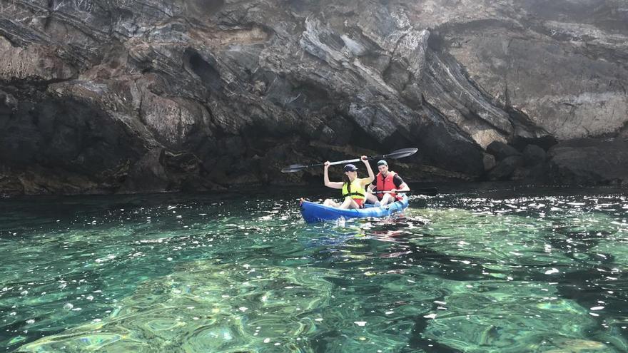 Kayak y snorkel en la reserva marina de Cabo Tiñoso