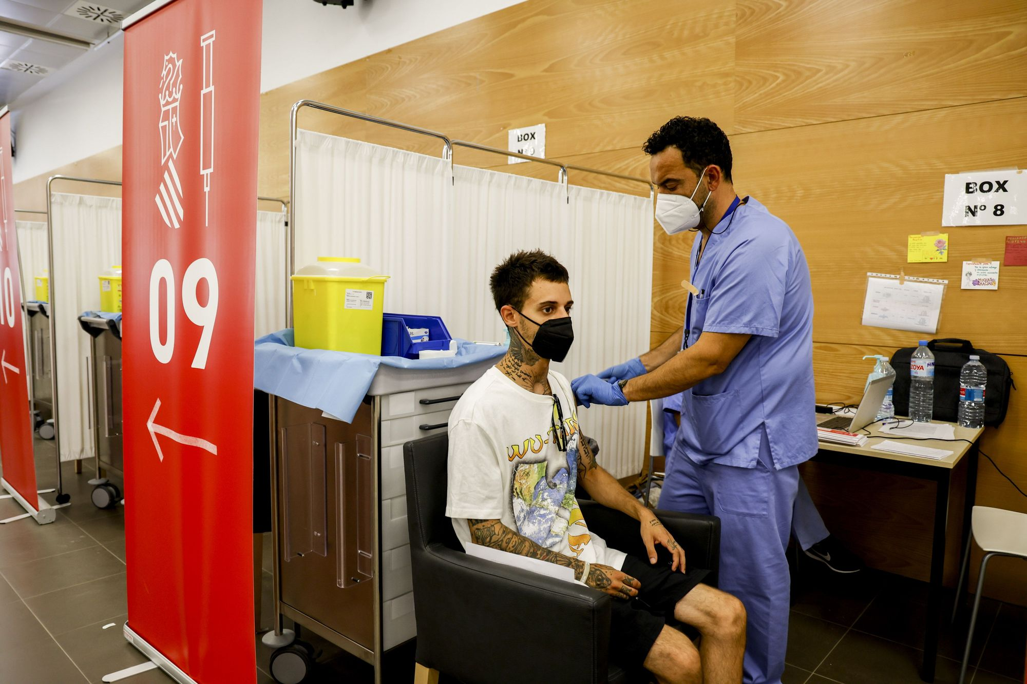 La sala multifuncional Jubiocio se convierte en el vacunódromo de los jóvenes