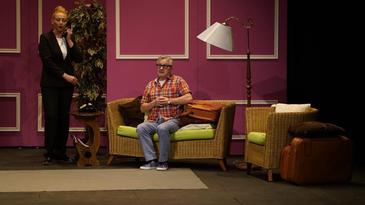 """Un instante de """"Hermanos"""" de La Tijera Teatro en el Principal."""