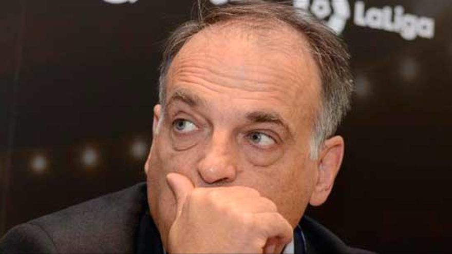 """La Federación advierte a Tebas de que lo denunciará si organiza un sorteo """"no oficial"""" del calendario"""