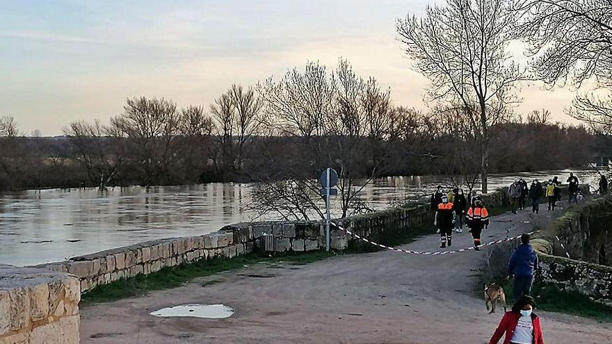 Reabiertos los caminos del entorno del río