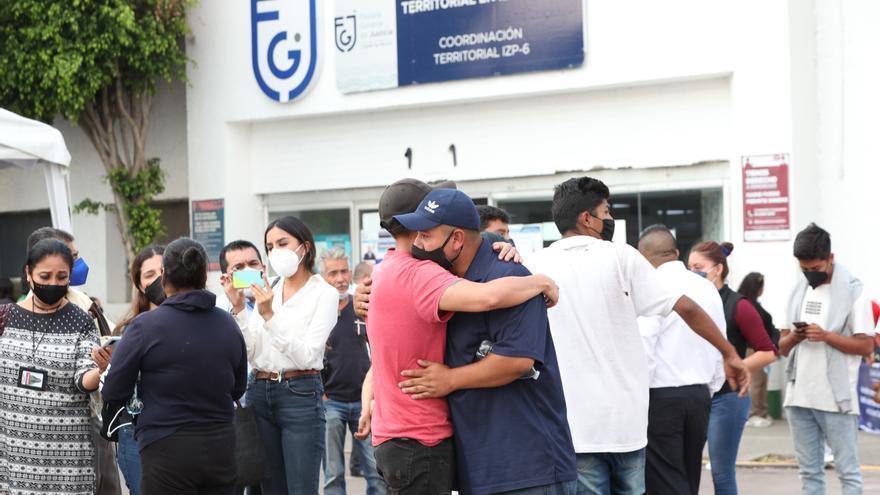 Encuentran el cuerpo del niño desaparecido en el accidente del metro en México