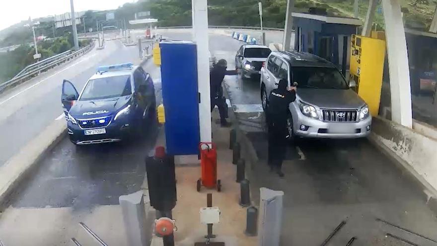 Persecución de vehículos robados en la AP-7
