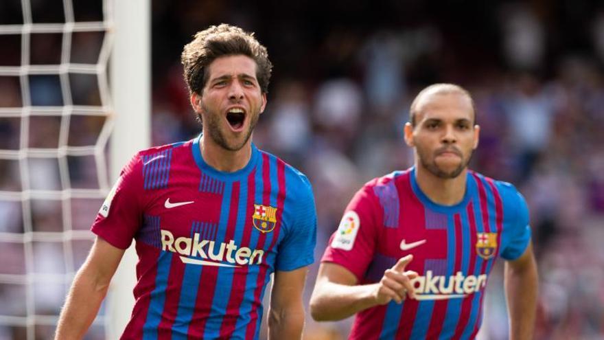 Palo de Sergi Roberto a Koeman tras el 0-0 ante el Cádiz