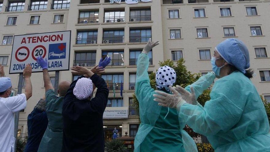 El homenaje a los sanitarios en la lucha contra la pandemia de la Covid-19 no frena las agresiones