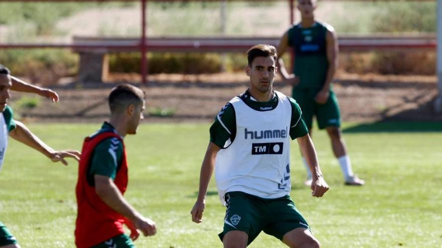 Óscar Gil, Fidel y Josan, ausentes en la vuelta a los entrenamientos