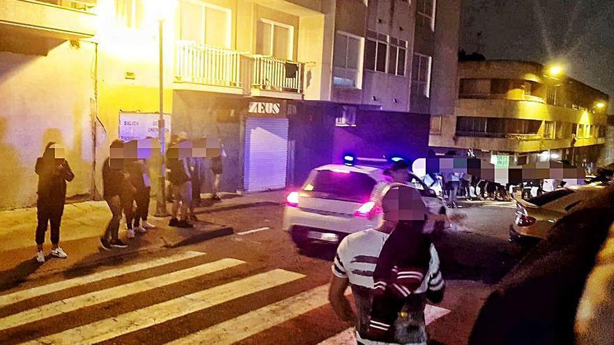 Hasta 20 efectivos de Policía y Guardia Civil patrullarán la movida de Cangas