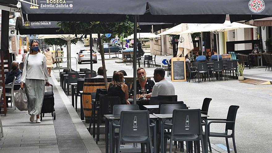 Los bares podrán mantener sus terrazas en plazas de aparcamiento hasta mayo