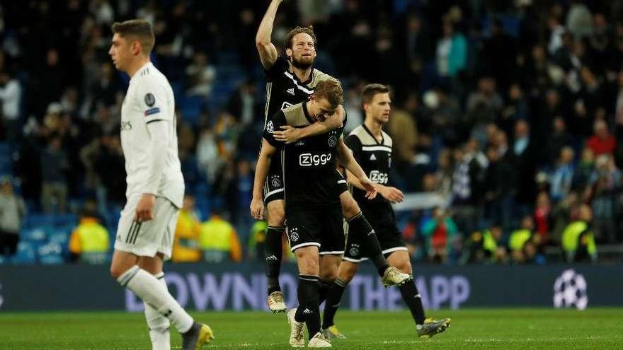 El Ajax destroza al Madrid