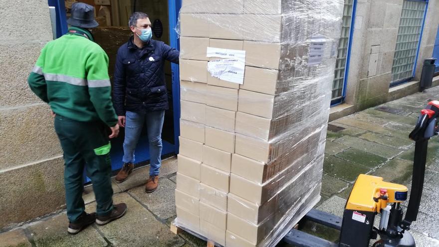 Benestar Social distribuirá 200.000 mascarillas donadas por una empresa local