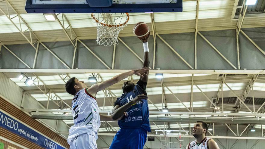El Liberbank Oviedo baloncesto renueva a su protector del aro, Hervé Kabasélé
