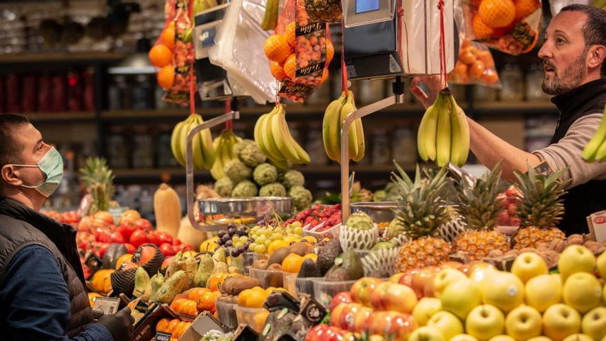 Caen un 6,3% las ventas del comercio minorista en noviembre en Castilla y León