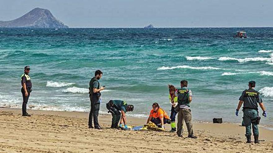 Fallece un veterano piloto de la Patrulla Águila tras caer su avión al mar en Murcia