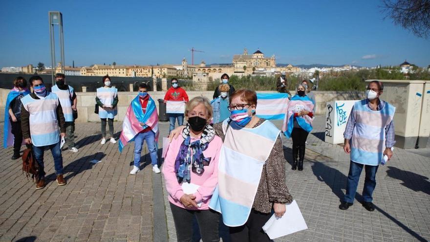 TT Córdoba se opone a la presencia de PP y PSOE en los actos Lgtbi tras la negativa del Congreso a la Ley Trans