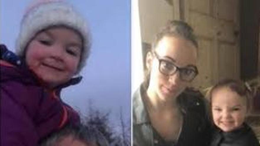 Mor una nena després que el cotxe en què estava sola caigués al riu
