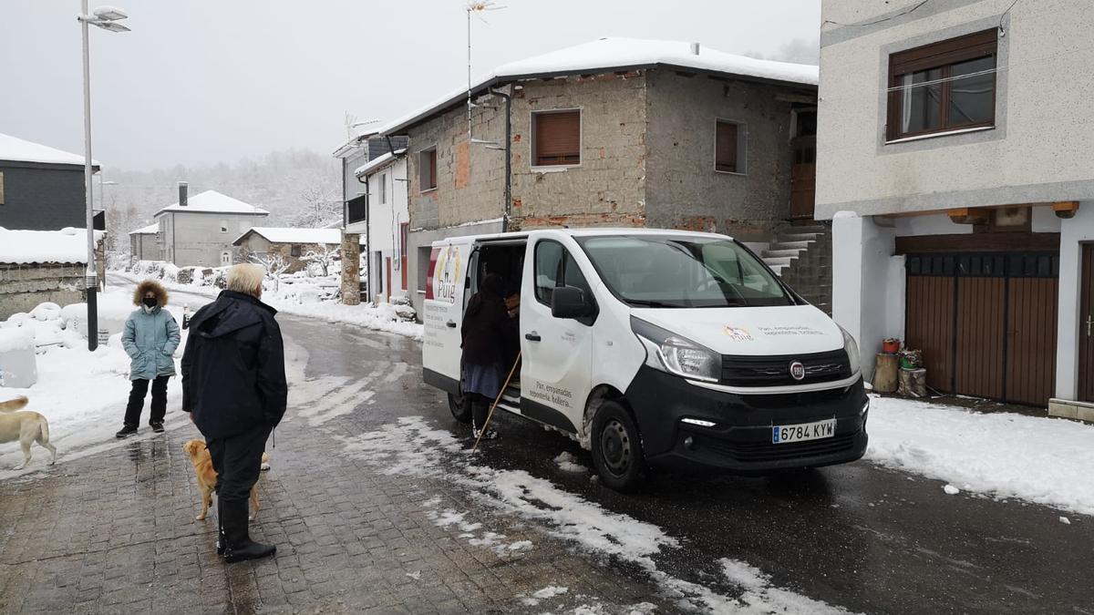 El pan llega puntual a Porto de Sanabria