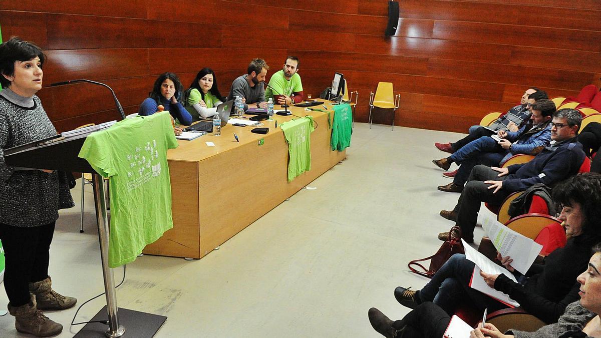 Asamblea de interinos en el Ayuntamiento de Murcia.  Juan Caballero