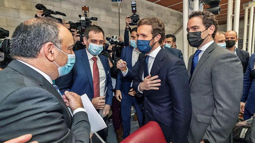 El PP obre la porta als dissidents de Vox després de tombar la moció a Múrcia