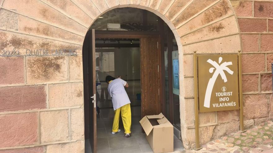 Vilafamés incorpora el servicio de limpieza a los edificios municipales sin tratar