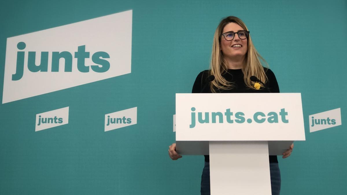 La portaveu de JxCat, Elsa Artadi, en roda de premsa