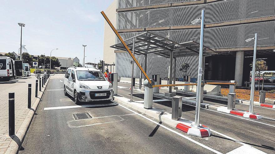 Los aparcamientos del aeropuerto de Palma salen a licitación