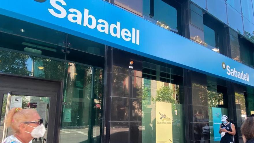 Sabadell gana un 74,1% menos hasta septiembre respecto al año anterior