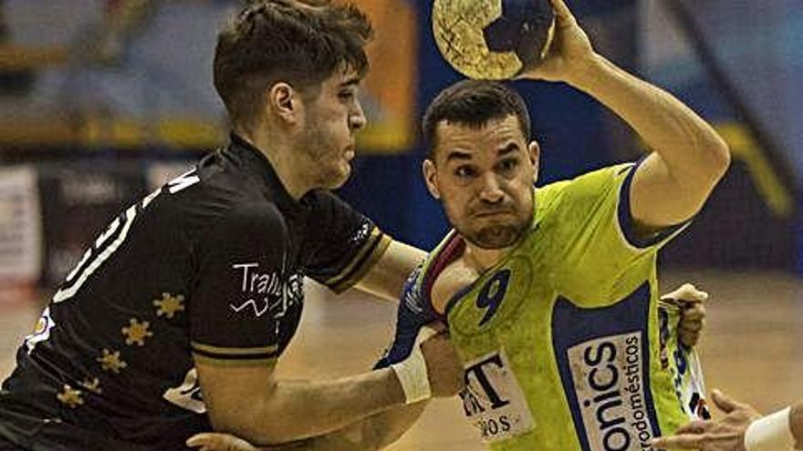 El Balonmano Zamora renueva a Leo Álvarez, Jortos y Octavio un año más