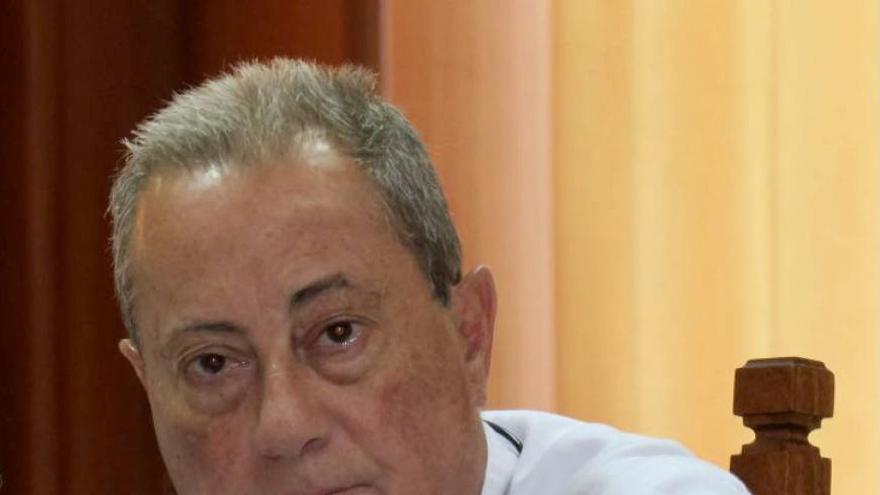 CC exige a Torres que explique por qué el Gobierno abona el sueldo a un consejero tránsfuga de Lanzarote