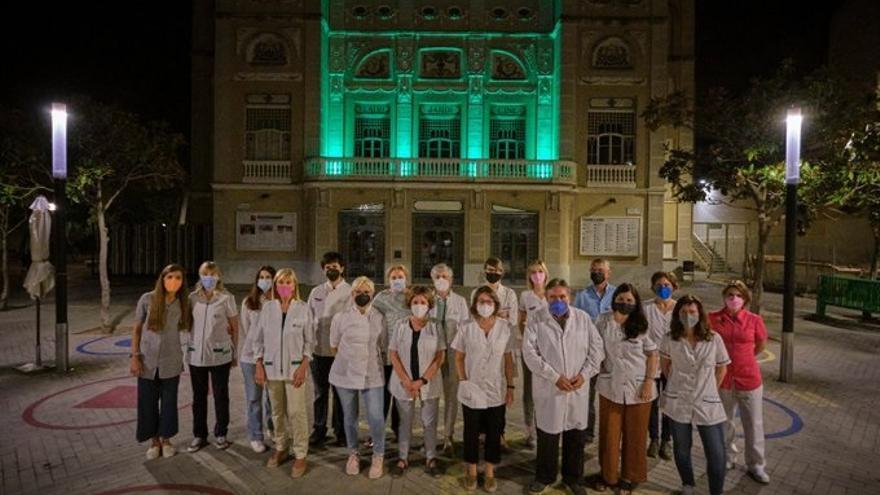 El Teatre Jardí s'il·lumina de verd en el Dia Mundial del Farmacèutic