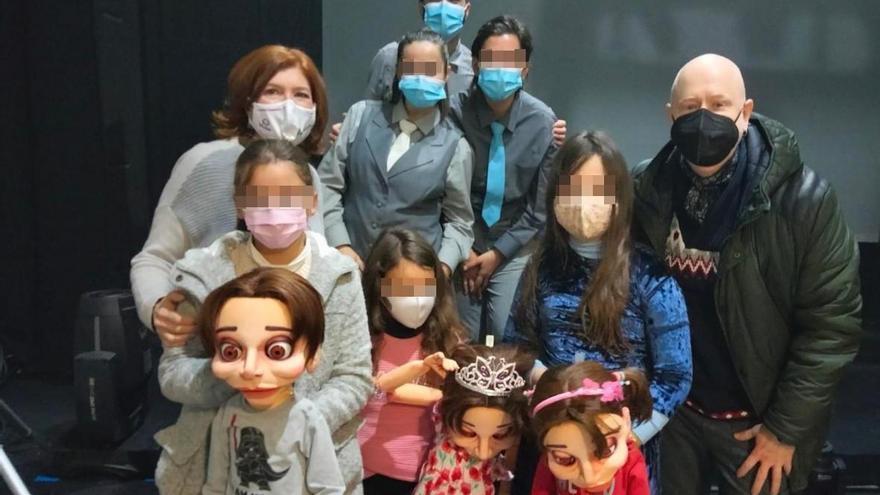 Tres niñas cordobesas inspiran una obra de títeres sobre la transexualidad