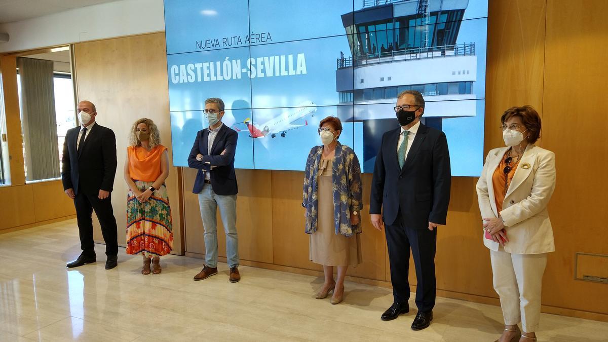 Acto institucional en la Diputación de Sevilla con motivo del nuevo vuelo del aeropuerto de Castellón
